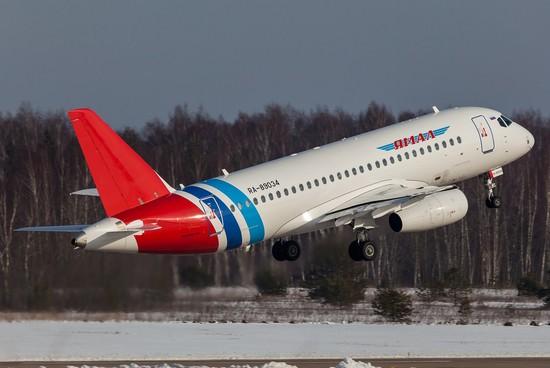 самолет Yamal Airlines